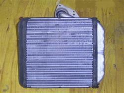 Wärmetauscher Heizungskühler Mitsubishi Carisma 1,8 GDI Bj. 97 92 kw 125 PS  (03/3510)